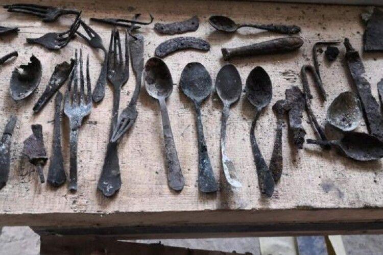 В Аушвіці знайшли заховані особисті речі в'язнів