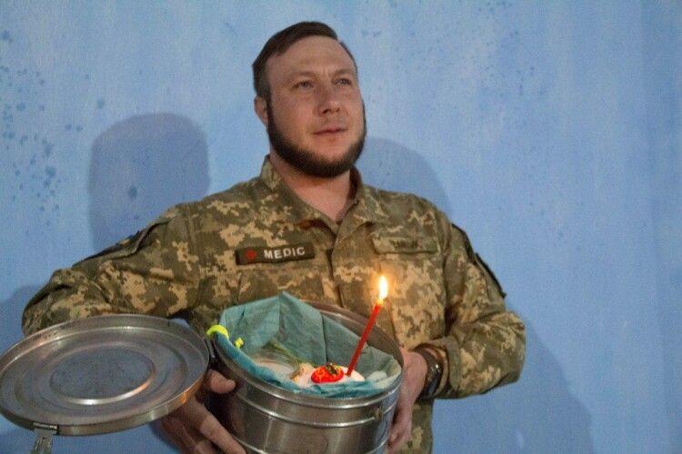 Як зустрічають Великдень на передовій військові володимир-волинської бригади (Фото)