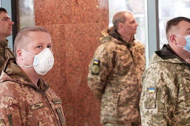 У Збройних Силах України хворих на коронавірус нема, але є ізольовані