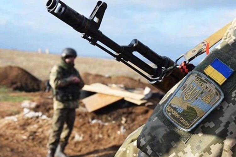 На Сході поранили військового волинської бригади