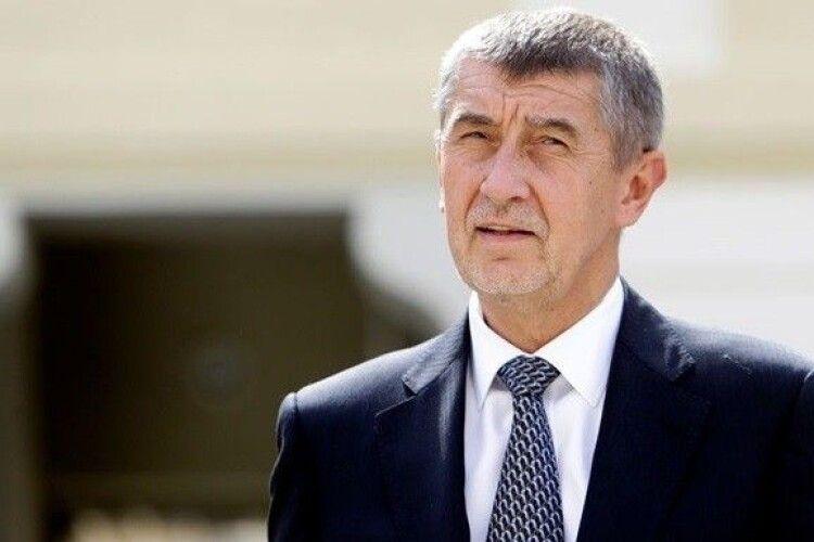 На відміну від України, в Чехії розпочинають слідство проти прем'єра через публікацію Pandora Papers