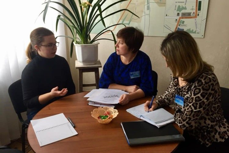 Волонтер Корпусу миру ділилася досвідом з фахівцями Старовижівського центру зайнятості