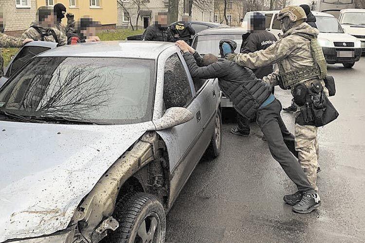 У Нововолинську промишляли банди наркоторговців тарекетирів