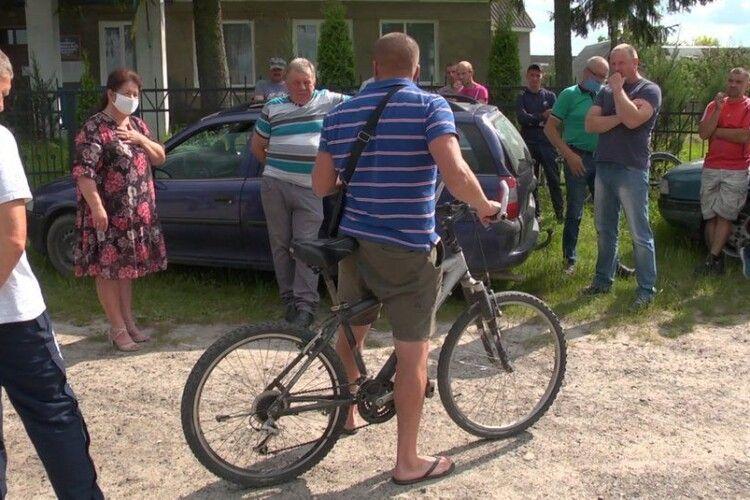 Селяни на Волині звернулися до поліції, щоб скасувати оренду водойми