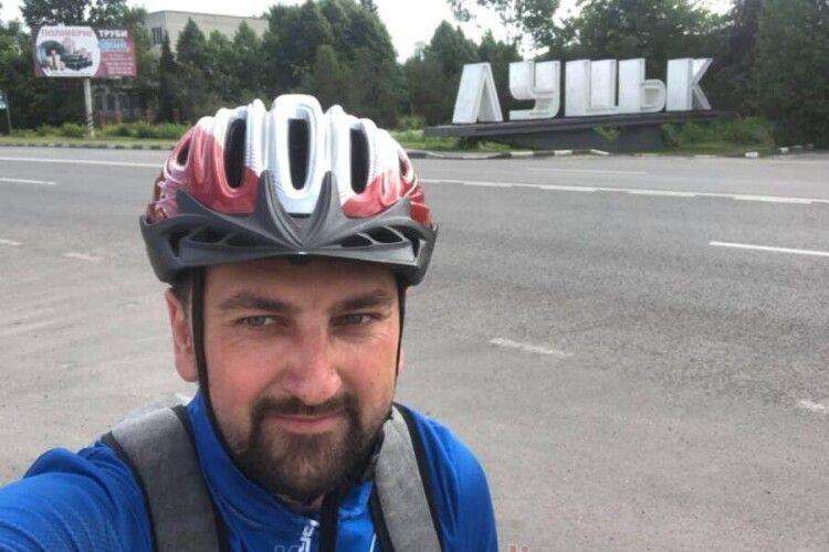 Заступник мера Ковеля приїхав з Луцька на роботу велосипедом