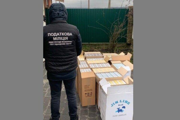 На Ковельщині податківці знайшли нелегальних сигарет на 350 тисяч гривень