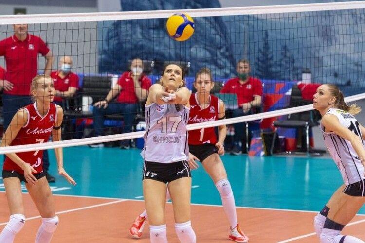 Українська волейболістка продовжила контракт зі сибірським клубом