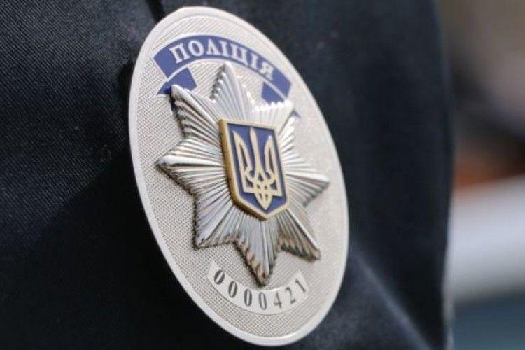 Поліцейський-спецпризначинець покінчив життя самогубством біля резиденції Порошенка