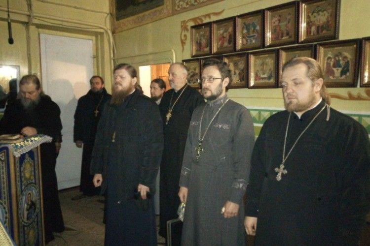 Священики Камінь-Каширського благочиння приступили до таїнства Сповіді