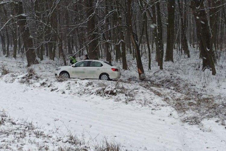 На Волині через погіршення погоди вже сталось 4 ДТП (Фото)