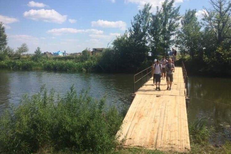 Лучани просять облаштувати пішохідний міст через річку Стир