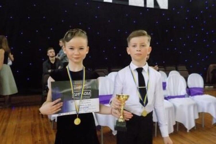 Танцюристи з Володимира здобули срібло на міжнародному турнірі