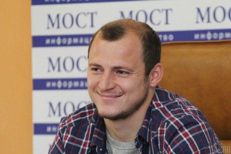 Президент Зеленський вручив футболістові-патріоту Зозулі орден «За заслуги»