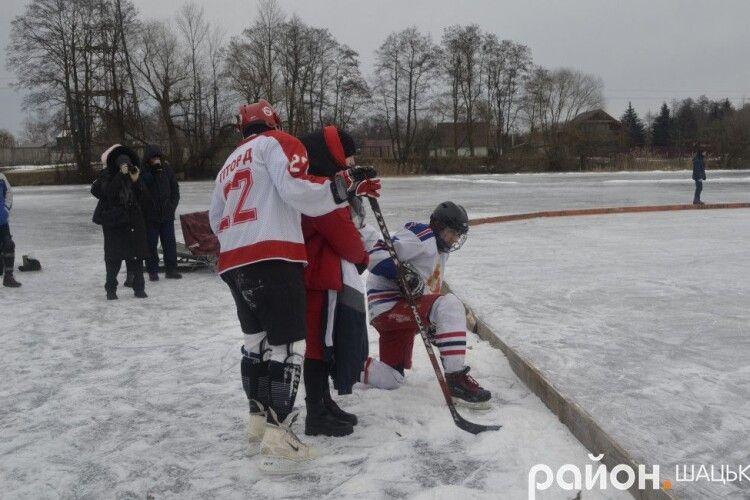На Волині відбулися екстримальні змагання з хокею (Фото. Відео)