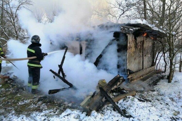 На Ратнівщині згоріла хата