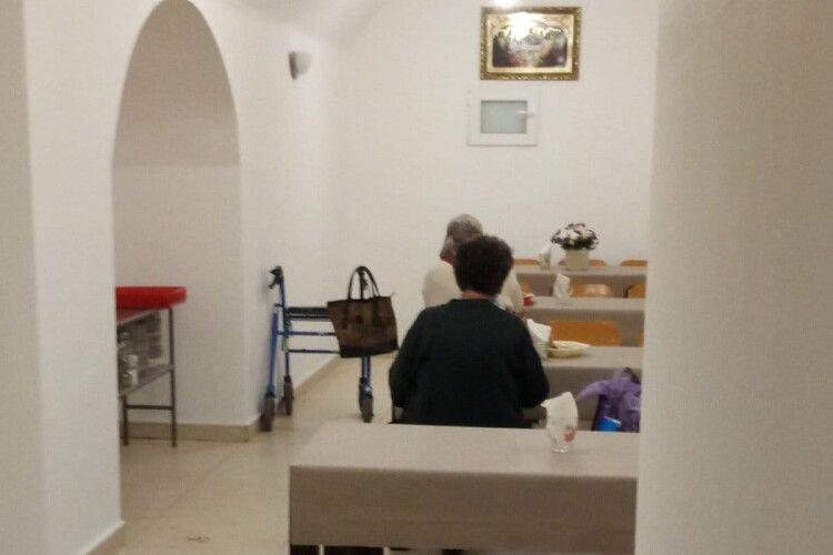 У Луцькому жіночому монастирі відкрили благодійну їдальню