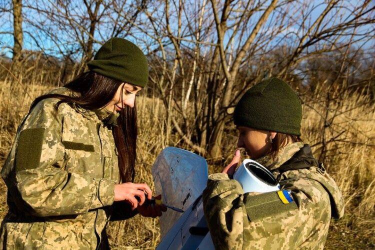Перший в Україні дівочий екіпаж: «Відьмочки» і їхнє «Малятко»