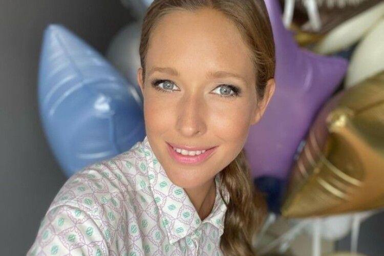 Катерина Осадча через добу після пологів вийшла в ефір