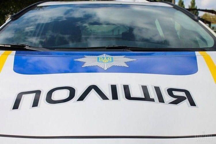 У Луцьку студент покусав поліцейського, який намагався його затримати (Фото)