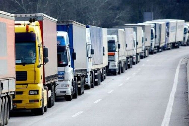 Визначили місця стоянки транспортних засобів на Волині (Список)