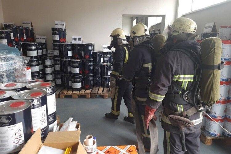 Волинські рятувальники тренувалися на промисловому підприємстві