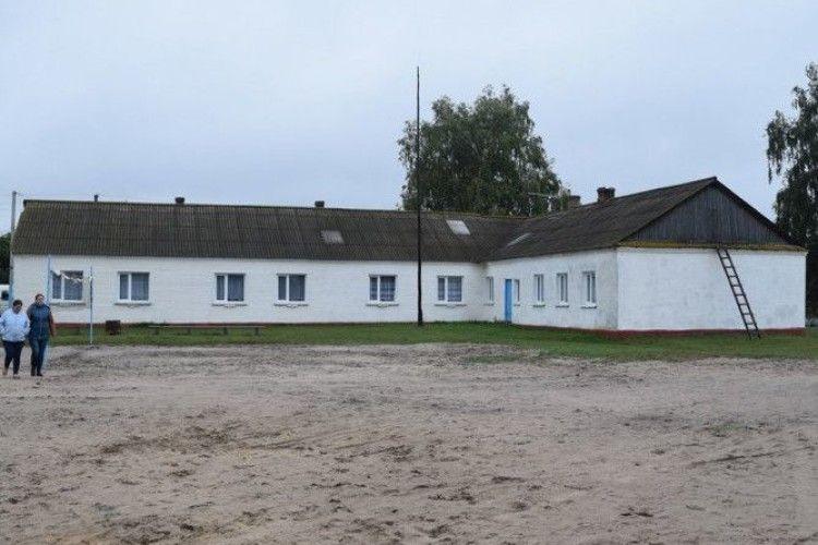 Вже вдруге оголошено тендер на будівництво школи у селі Стобихівка