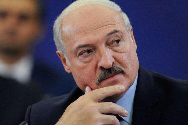 Лукашенко заявив, що вони з Путіним вживатимуть «якісь дії» проти України