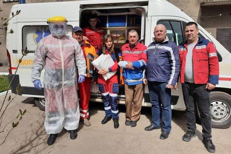 «Швидка» у Ківерцях отримала 60 захисних костюмів