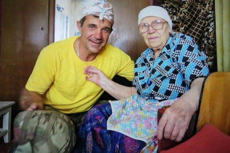 90-річна бабуся переховувала в центрі окупованого Іловайська двох поранених українських військових