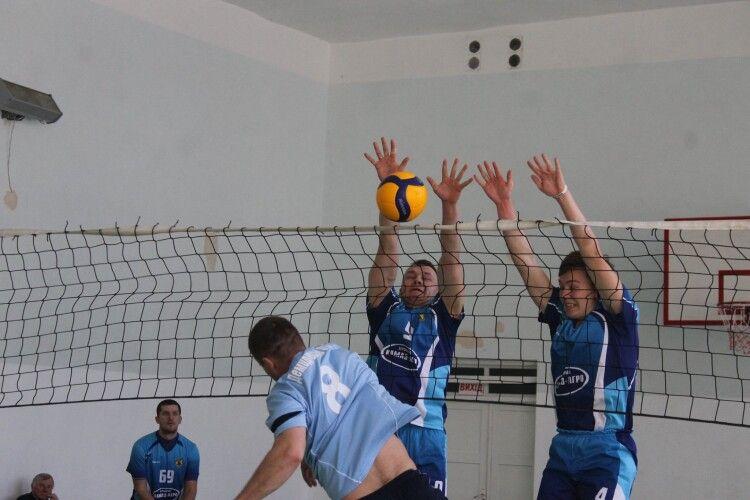 У Млинові змагалися волейболісти (Фото)