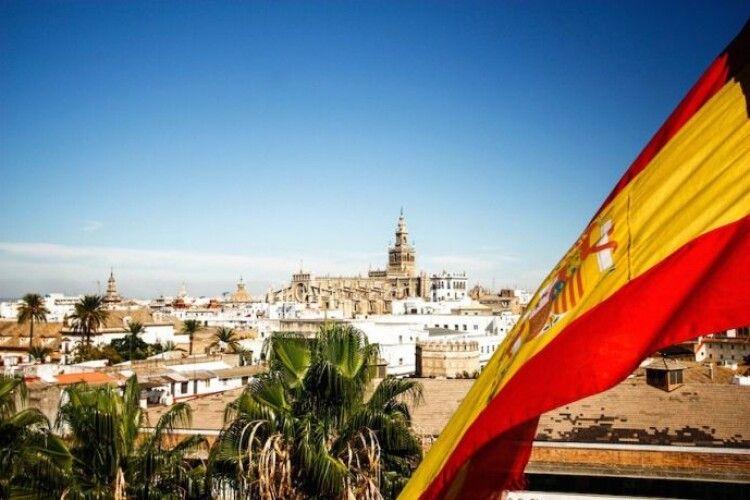 В іспанії протягом доби зафіксували рекордні для Європи 14 тисяч нових випадків COVID-19