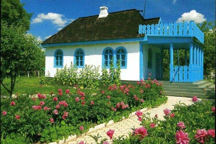 Родинне гніздо Лесі Українки у Колодяжному буде врятоване?