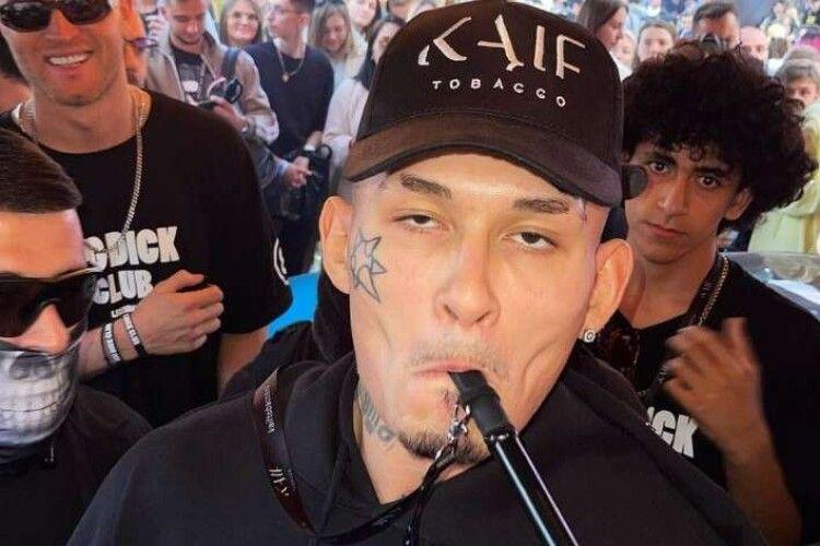 Скандальний російський репер зібрався на гастролі в Україну