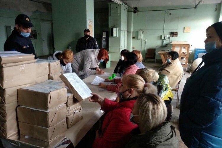 На Волині напередодні виборів передруковували бюлетені