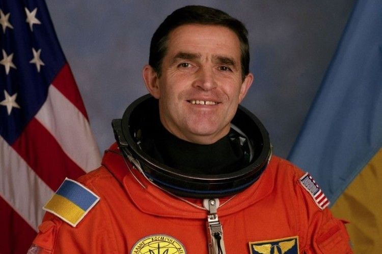 Леонід Каденюк першим у космосі заспівав «Ще не вмерла України…»