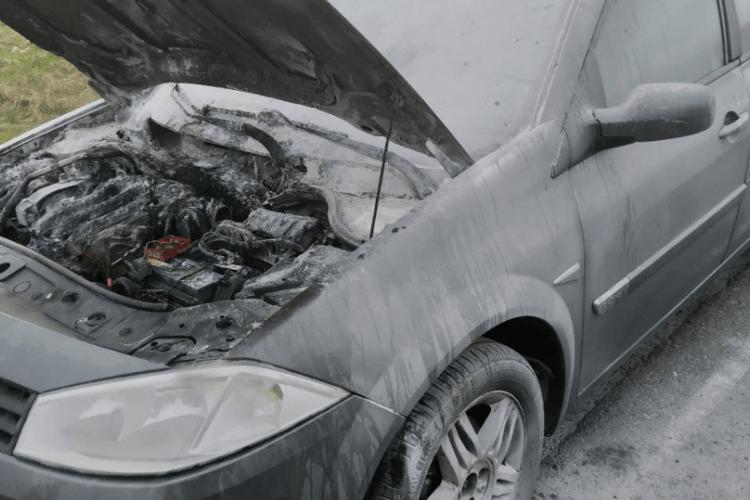 На Волині під час руху загорівся автомобіль на газовому обладнанні