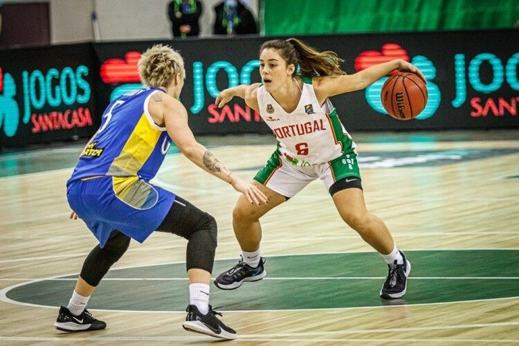 Українські баскетболістки розгромили Португалію (Фото)