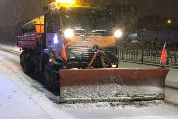 Снігоприбиральна машина розчавила чоловіка, він помер на місці (Фото)