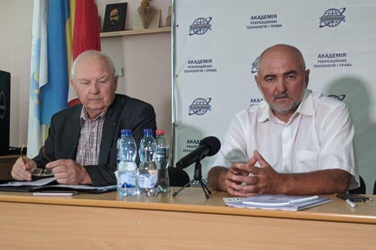 Розказали, хто буде балотуватися на мерів Луцька, Ковеля і Володимира від партії Смешка