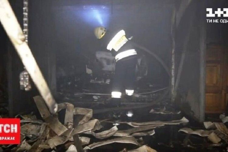 Житель Дніпра намагався загасити палаюче авто і загинув (Відео)