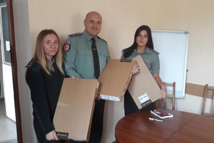 У Луцьку інспекторам служби пробації передали ноутбуки
