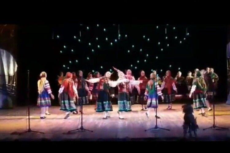 Громада на Волині влаштувала різдвяний концерт (Відео)