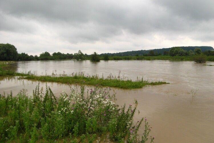 На Волинь насувається паводок