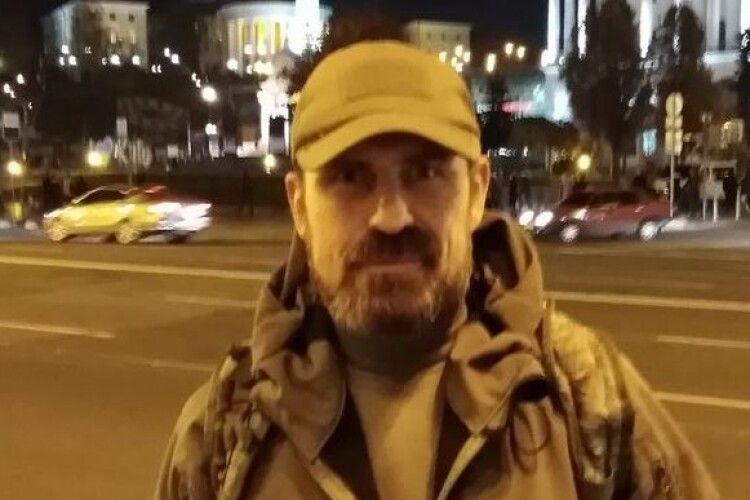 Помер військовий, який підпалив себе на Майдані