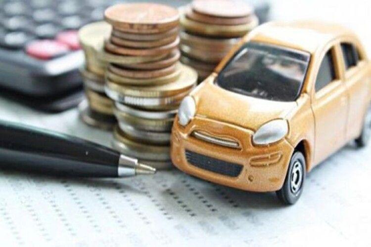 Скільки волинські власники дорогих авто заплатили за них податку