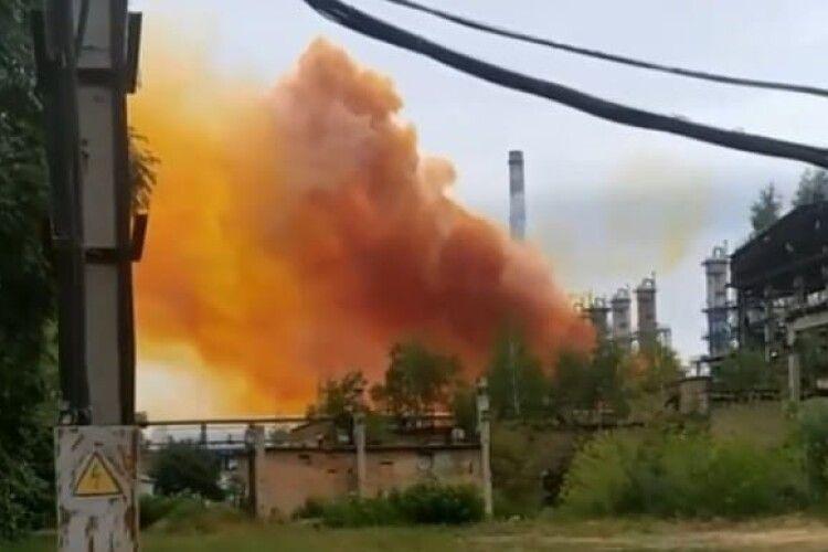 Після вибуху на Рівнеазоті у Луцьку виміряли рівень забруднення повітря