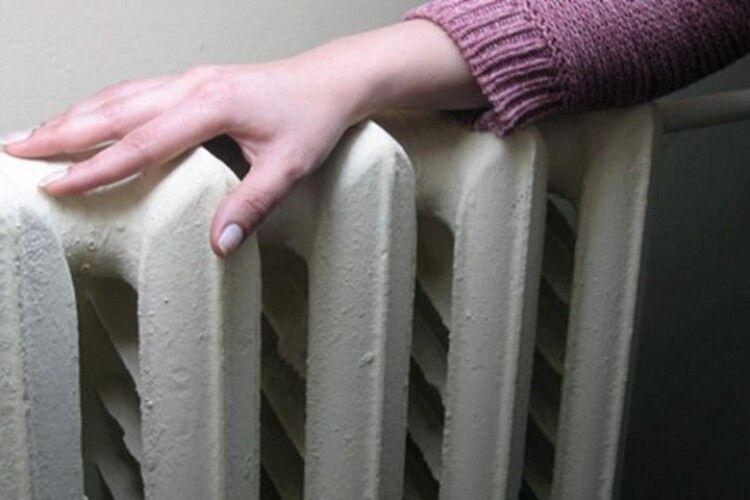 У Луцьку через ремонт на мережі будинок залишиться без тепла