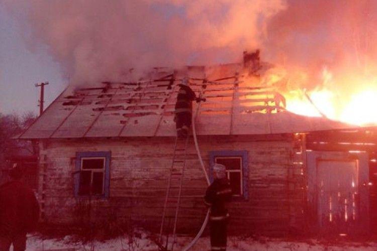 У Камінь-Каширському районі згоріла хата (Фото)