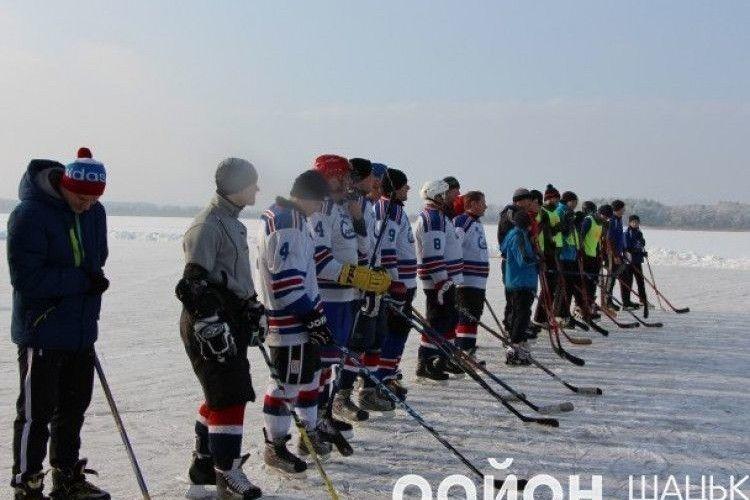 Шацьк перетворюється на хокейну столицю Волині