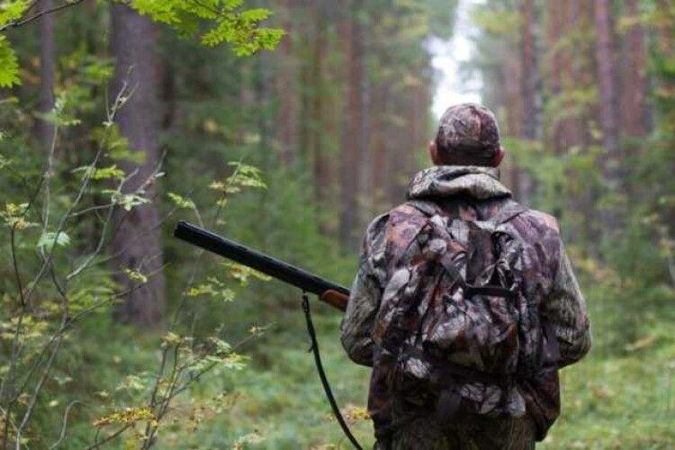 Як покарали волинянина, який вистрілив товаришу в голову на полюванні